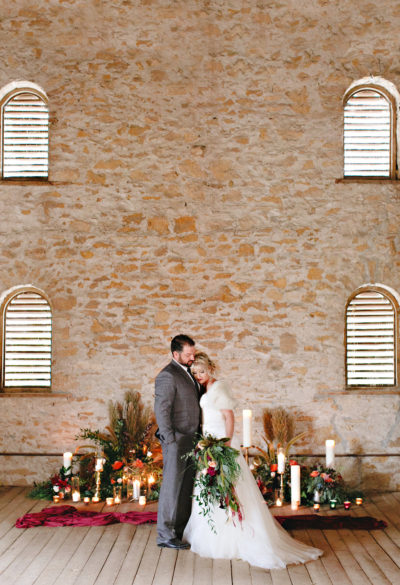 Events-by-Reagan_Leigh-Miller-Photography_Taylor-Barn-Styled-Shoot0046_Kansas-City_Charleston_Destination_Wedding-Planner-1-400x585
